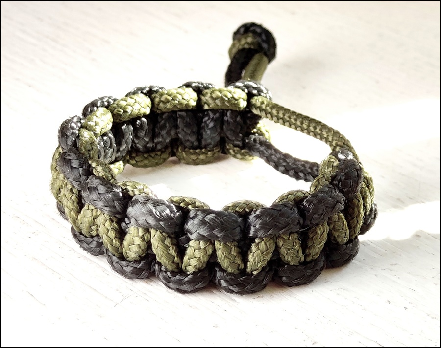 Black and Green Survival Bracelet