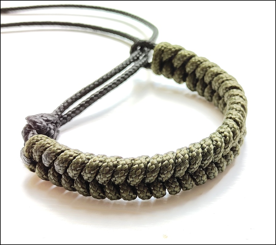 Fishtail Survival Bracelet